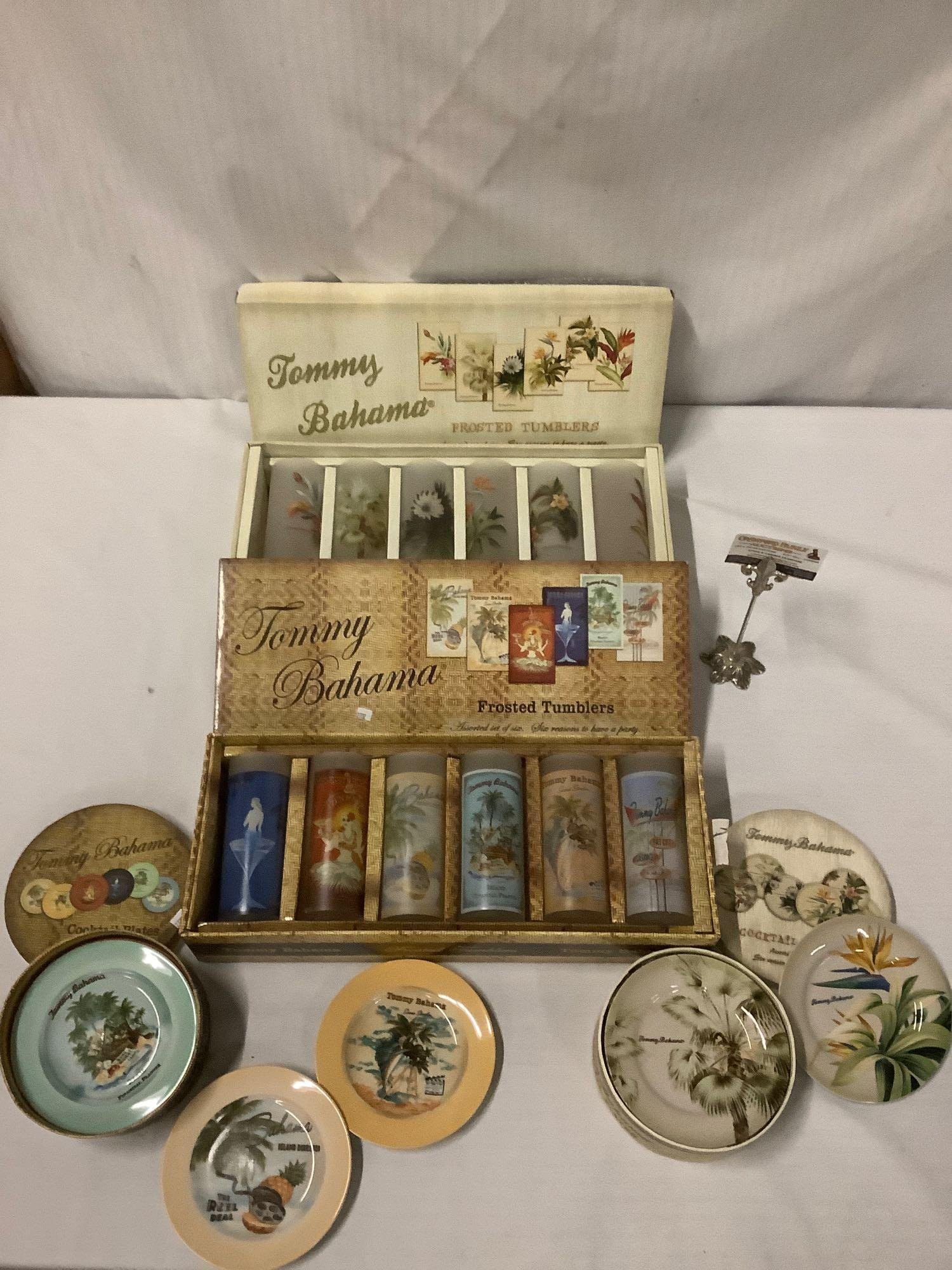 4 boxed sets - 2 Tommy Bahama frosted tumblers & 2x