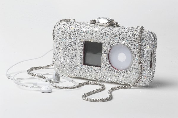 8: Luca Luca iPod Case with Mischa Barton Playlist