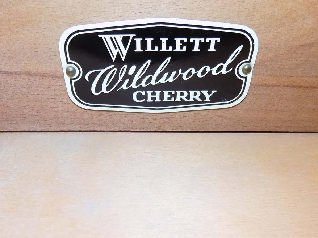 WILLETT DINING ROOM SET - 4