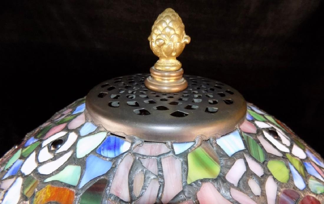 STAINED GLASS TABLE LAMP - 6