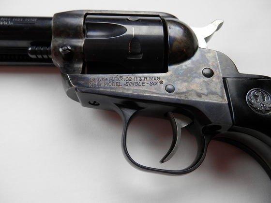 Ruger Birdshead Grip New Model, Single six 32 HP Magnum - 3