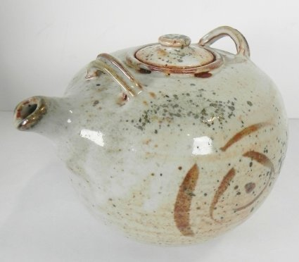 POTTERY TEA POT - 2