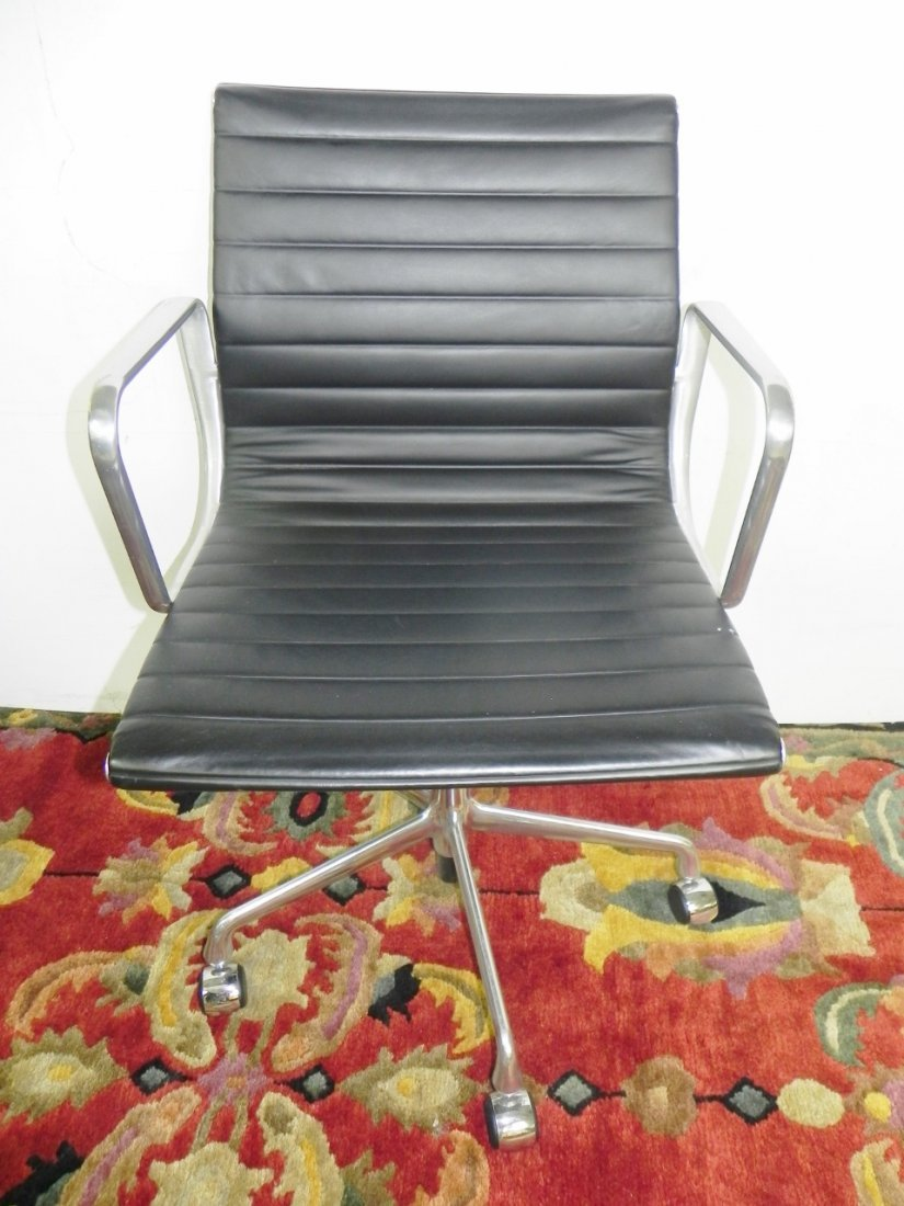 HERMAN MILLER OFFICE CHAIRS - 4