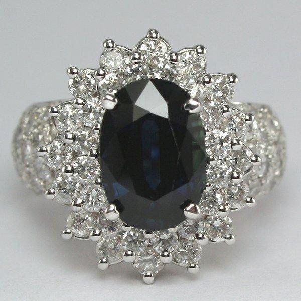 1079: 18KT Sapphire & Dia 4.95TCW Ring SZ 5.75