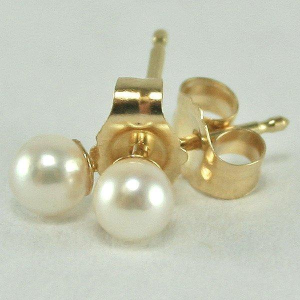 4015: 14KT 3MM Pearl Stud Earrings