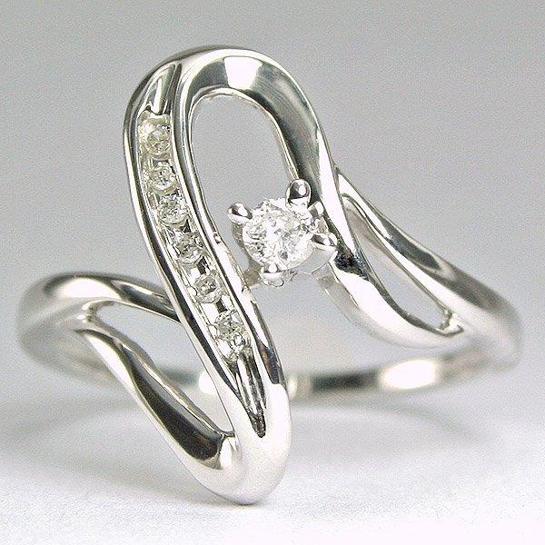 1620: 10KT Diamond 0.11CTS Ring SZ 6
