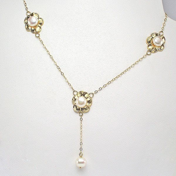 3021: 14KT 6mm Pearl Flower Necklace 20in