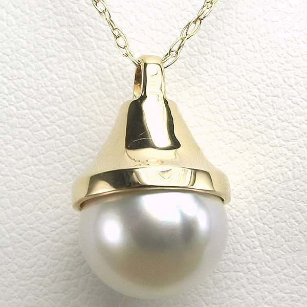 1014: 14KT 11mm Pearl Bell Pendant