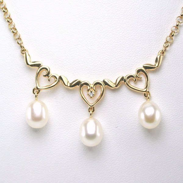 1017: 14KT 0.015ct Diamond Pearl Necklace 18 in.