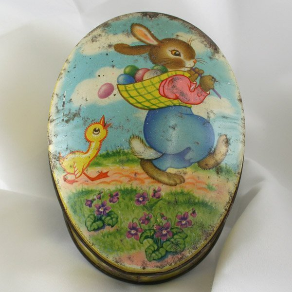 1007: Vintage Easter Bunny Tin 145x105x60mm