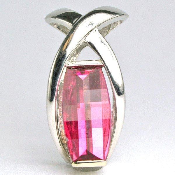 12398: 10KT Pink Topaz Pendant 20mm