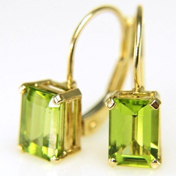 31013: 10KT 8x5mm Peridot Lever Back Earrings