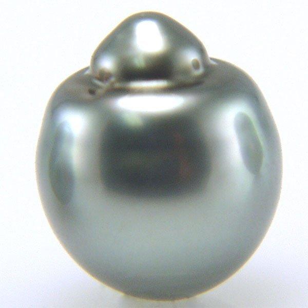 21009: 8.84x10.43mm Black Tahitian Pearl