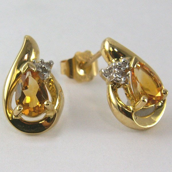 11041: 10KT Diamond Citrine Earrings 13mm