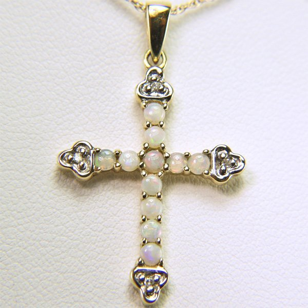 21080: 10KT Opal & Dia Cross Pend w/ Chain 0.02cts