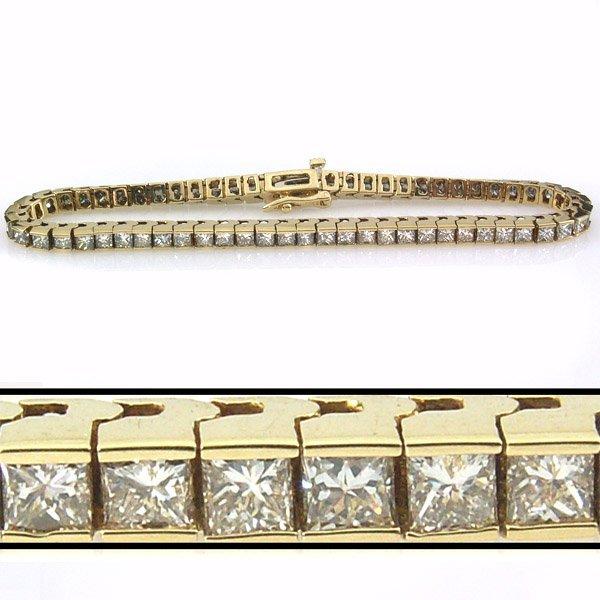 12252: 6 CARAT DIAMOND TENNIS BRACELET - 7 INCHES