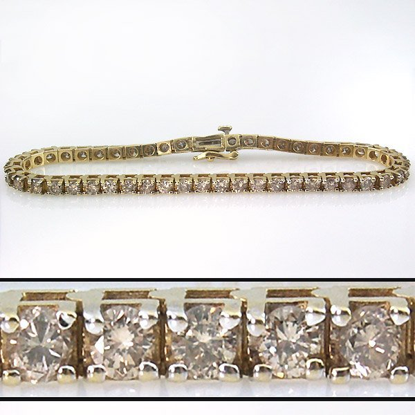 51022: 4 CARAT DIAMOND TENNIS BRACELET - 7 INCHES