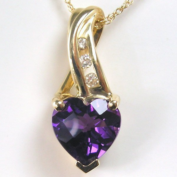 "11006: 10KT DIA AMETHYST HEART NECKLACE 18"" 1.16TCW"