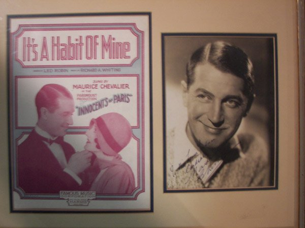 10003: MAURICE CHEVALIER POSTER + SIGNED PHOTO