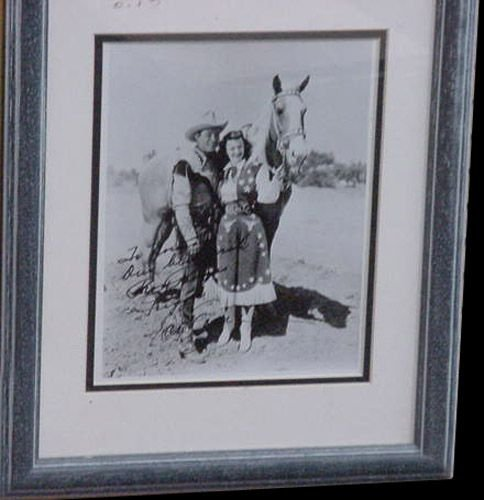 10018: ROY ROGERS/EVANS SIGNED PHOTO