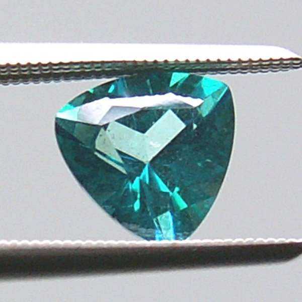 31018: EVERGREEN TOPAZ 8MM TRIANGLE CUT APRX 1.87CTS