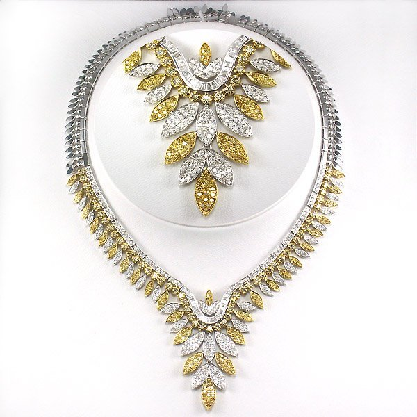 51555: 18KT TT DIAMOND NECKLACE 9.13 CARATS!