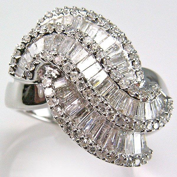 22298: 10KT DIAMOND RING 1.23TCW