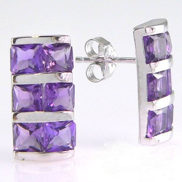 31021: SS AMETHYST STUD EARRINGS 15X8MM