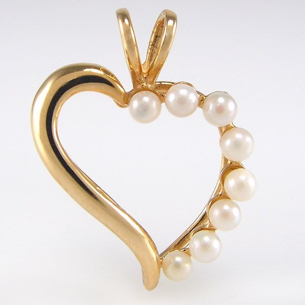 41029: 14KT 8 2.5MM CULTURED PEARL HEART PENDANT 21X16M
