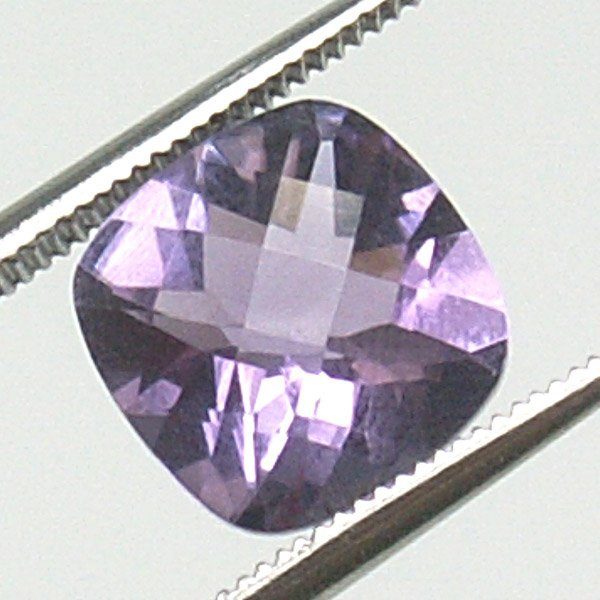 21025: 1.85CT CUSHION CUT AMETHYST 8X8MM