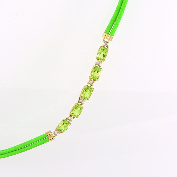 41492: 10KT OVAL PERIDOT & GREEN CHORD NECKLACE