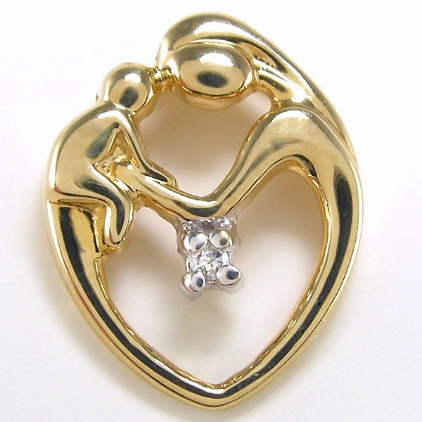 21018: 10KY DIA MOMMY/BABY HEART PEND 14X11MM