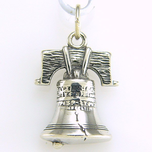 11024: WINDSOR STERLING LIBERTY BELL CHARM .925 SS