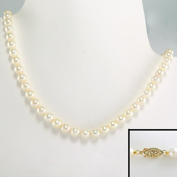 21010: 10KT 5-5.5MM AKOYA PEARL NECKLACE 17""