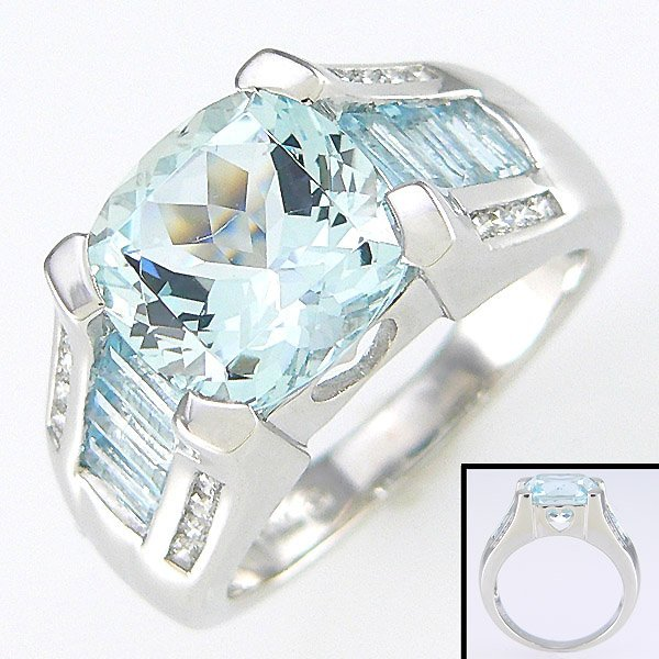 52125: 10KW DIA AQUAMARINE HEART RING SZ 6.5