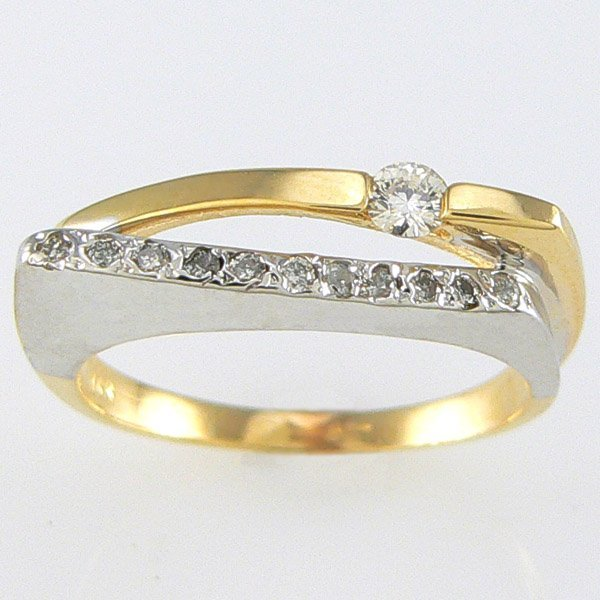 5025: 14KT TT DIAMOND RING 0.25TCW SZ 7