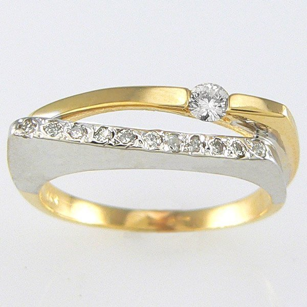 1025: 14KT TT DIAMOND RING 0.25TCW SZ 7