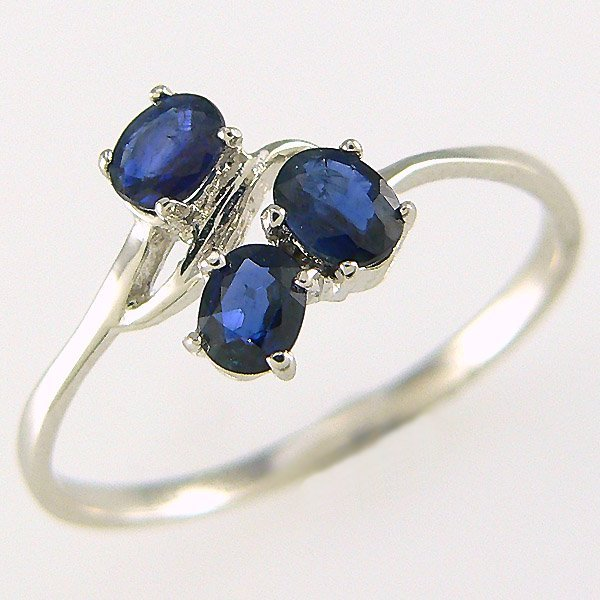 3234: 14KT SAPPHIRE RING 0.61CT SZ 6.75