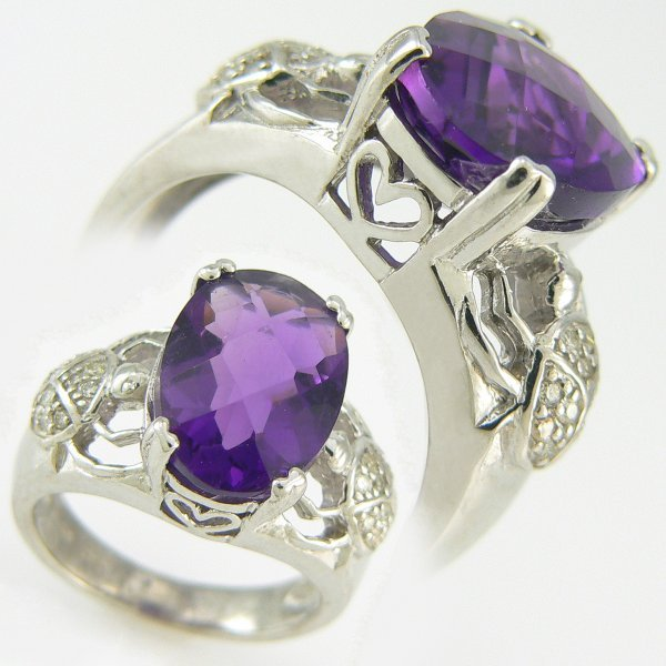 5190: DIAMOND & AMETHYST RING 6.20 CTW 10KT.GOLD