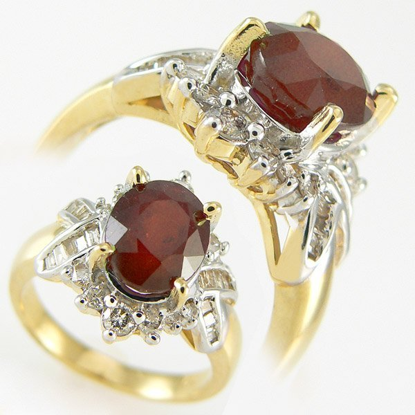 312111455: RED RUBY & DIAMOND RING4.42 CTW 14KT