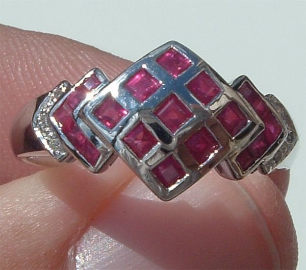 2013: 14KT Ruby Diamond Ring