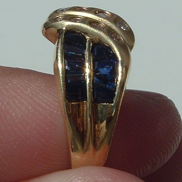 4004: Gorgeous 14KT Sapphire Diamond Ring - 3