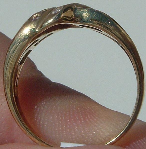 4004: Gorgeous 14KT Sapphire Diamond Ring - 4