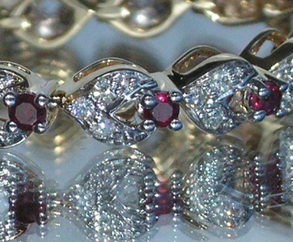 4008: 18KT Ruby Diamond Bracelet 2.34 TCW