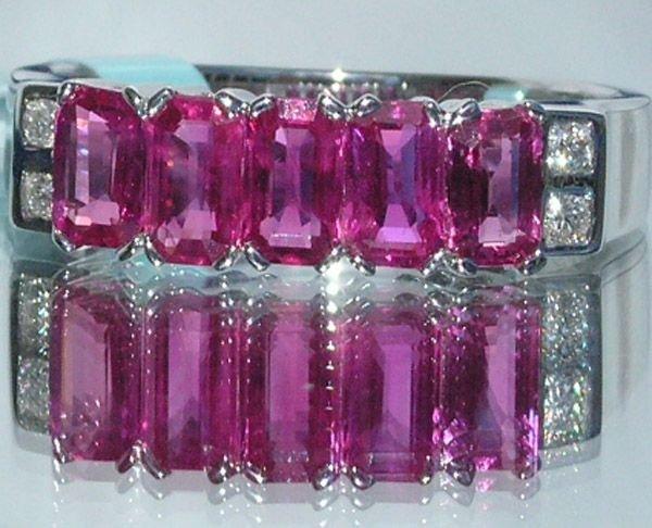 4011: 18KT Ruby Diamond Ring 1.59 TCW