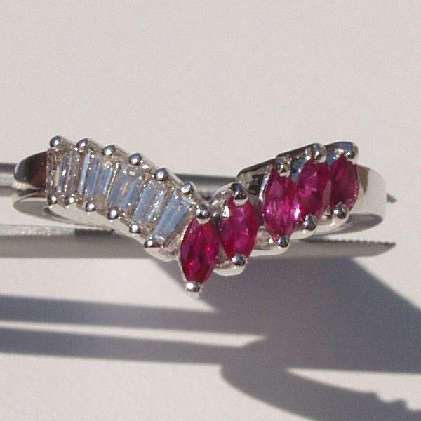 3019: 14KT Ruby Diamond Ring 0.76TCW