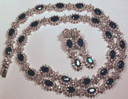 3220: 18KT Sapphire Diamond Necklace Set 29+ TCW