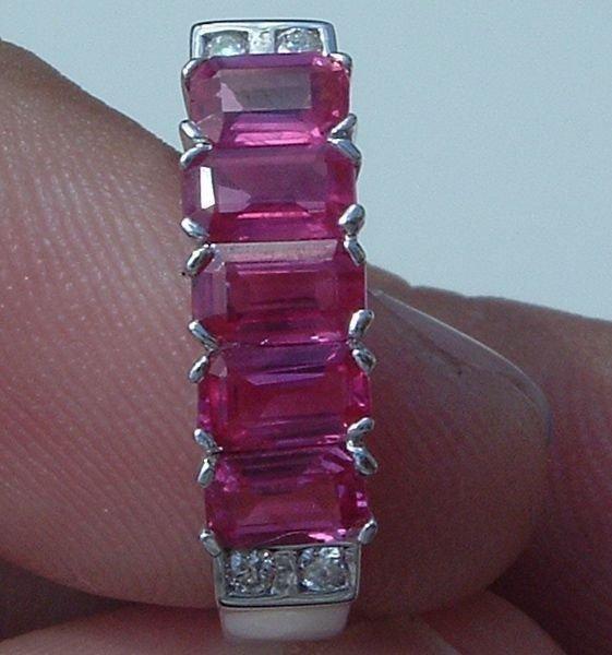 5011: 18KT Ruby Diamond Ring 1.59 TCW