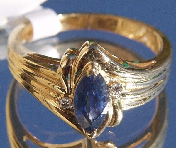 5036: 14Kt Sapphire Diamond Ring
