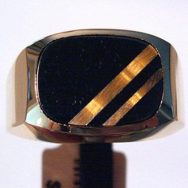 3019: 10KT. Men's Onyx & Tiger's Eye Ring